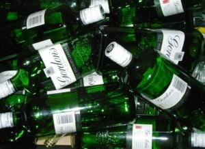 empty-bottles-recycle-537965-l