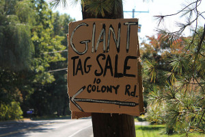 640px-Tag_Sale_Sign
