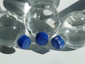 bottles-60475_1280