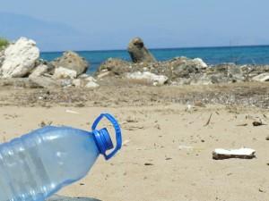 plastic-bottle-606881_1280