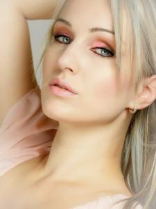 blond-487071_1280